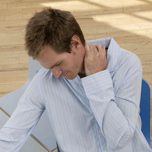 dolor espalda cuello y brazo derecho